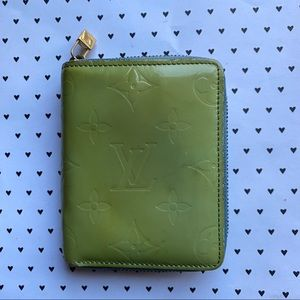 Louis Vuitton vernis broome green compact wallet